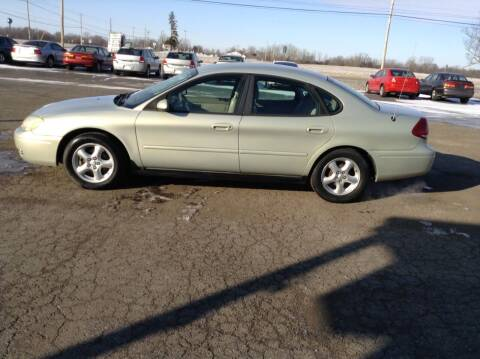 2004 Ford Taurus for sale at Kevin's Motor Sales in Montpelier OH