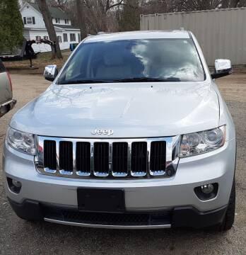2013 Jeep Grand Cherokee for sale at L&T Auto Sales in Three Rivers MI