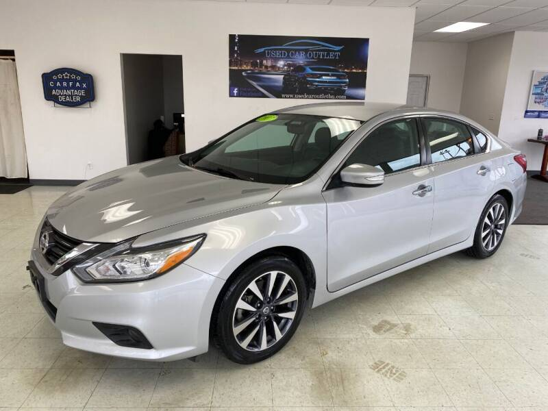 2017 Nissan Altima for sale at Used Car Outlet in Bloomington IL