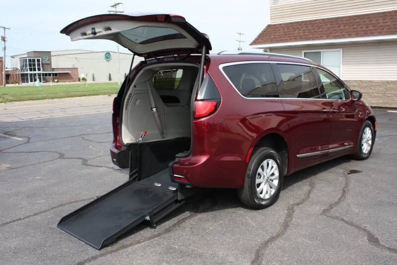 2018 Chrysler Pacifica for sale at New Mobility Solutions in Jackson MI