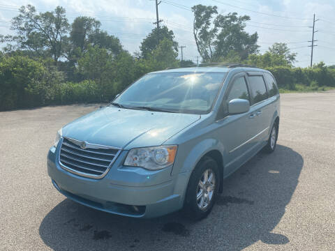 2010 Chrysler Town and Country for sale at Mr. Auto in Hamilton OH