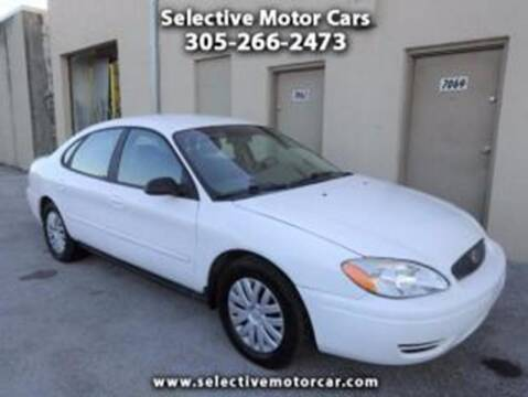 2004 Ford Taurus for sale at Selective Motor Cars in Miami FL