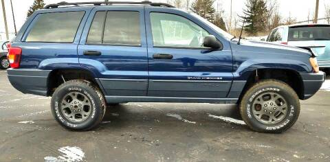 2002 Jeep Grand Cherokee for sale at Hilltop Auto in Clare MI
