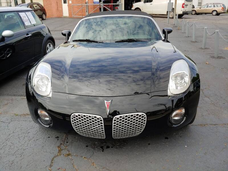 2006 Pontiac Solstice for sale at Beaulieu Auto Sales in Cleveland OH
