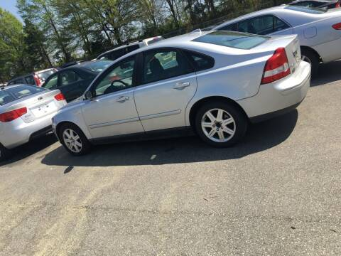 2006 Volvo S40 for sale at Mocks Auto in Kernersville NC