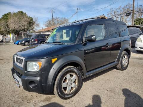 2005 Honda Element for sale at Larry's Auto Sales Inc. in Fresno CA