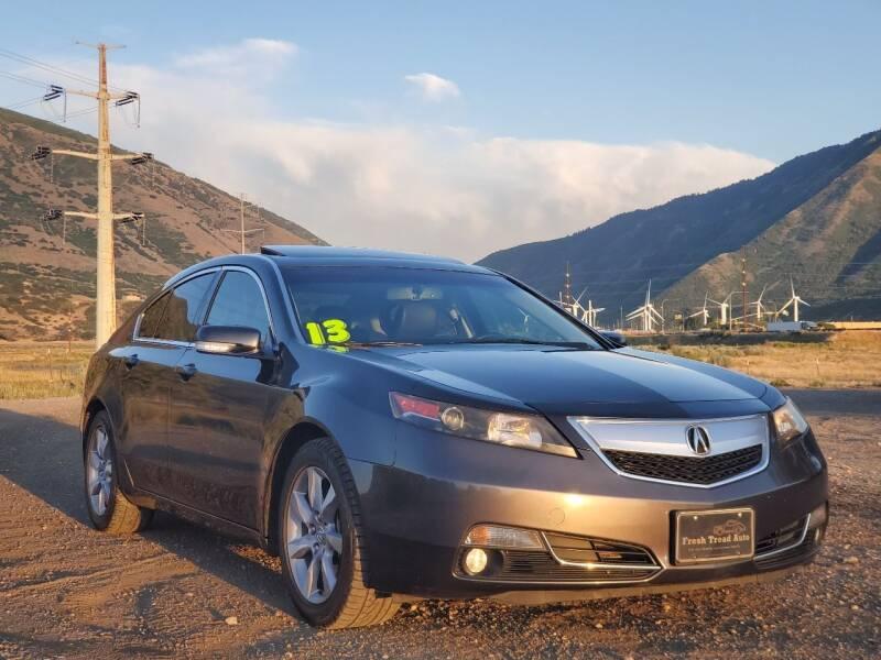 2013 Acura TL for sale at FRESH TREAD AUTO LLC in Springville UT