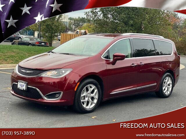 2020 Chrysler Pacifica for sale at Freedom Auto Sales in Chantilly VA