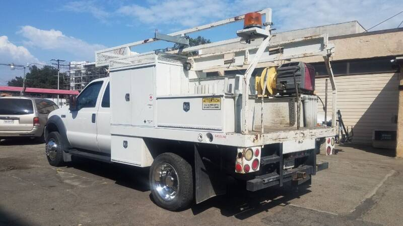 2006 Ford F-450 Super Duty for sale at Vehicle Center in Rosemead CA