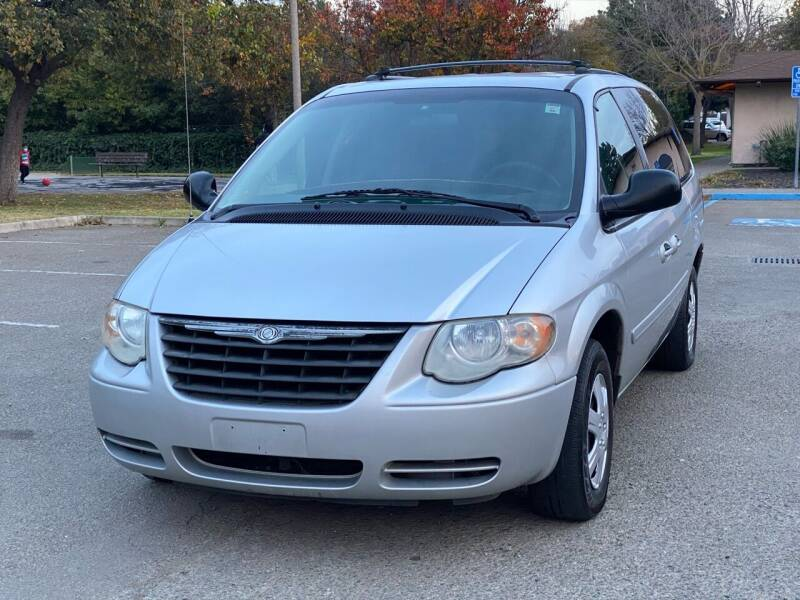 2005 Chrysler Town and Country for sale at ZaZa Motors in San Leandro CA