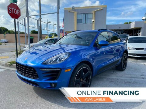 2015 Porsche Macan for sale at Global Auto Sales USA in Miami FL