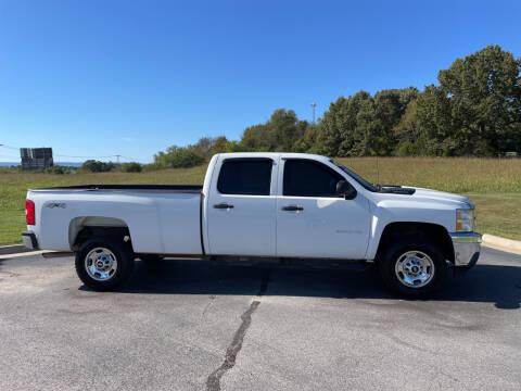 2013 Chevrolet Silverado 2500HD for sale at V Automotive in Harrison AR