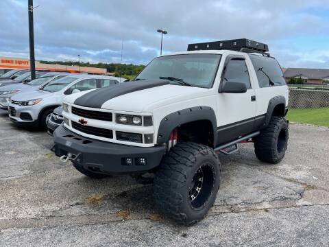 1999 Chevrolet Tahoe for sale at Greg's Auto Sales in Poplar Bluff MO