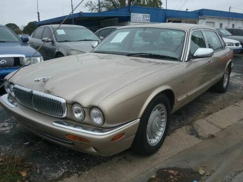 1998 Jaguar XJ-Series for sale at Dave-O Motor Co. in Haltom City TX