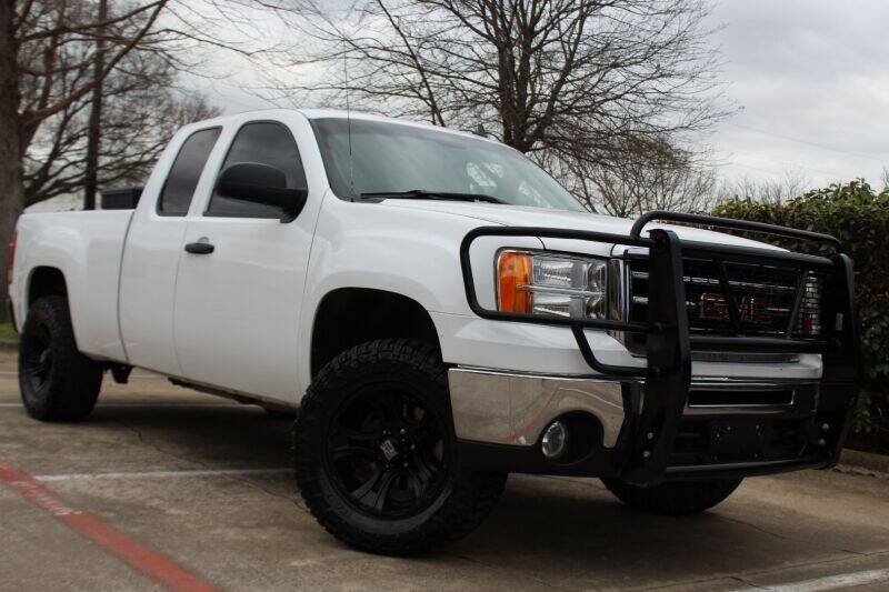 2013 GMC Sierra 1500 for sale at DFW Universal Auto in Dallas TX