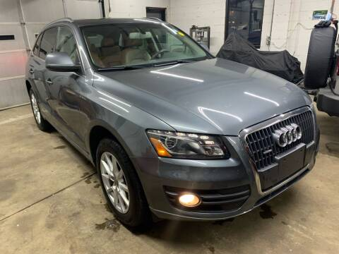 2012 Audi Q5 for sale at QUINN'S AUTOMOTIVE in Leominster MA