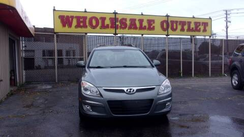 2010 Hyundai Elantra Touring for sale at LONG BROTHERS CAR COMPANY in Cleveland OH