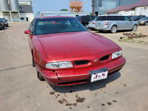 1997 Oldsmobile Eighty-Eight for sale at J & S Auto Sales in Thompson ND