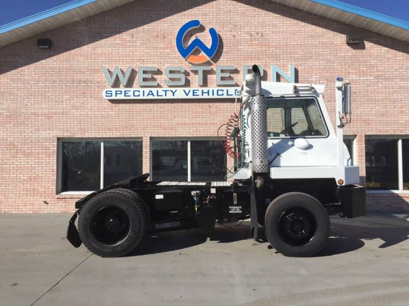 2006 Capacity TJ5000 for sale at Western Specialty Vehicle Sales in Braidwood IL