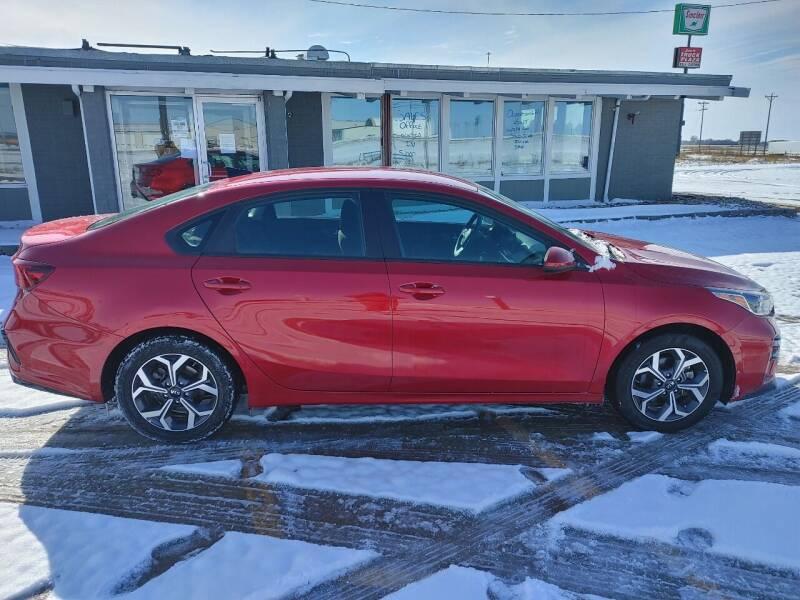 2020 Kia Forte for sale at BERG AUTO MALL & TRUCKING INC in Beresford SD