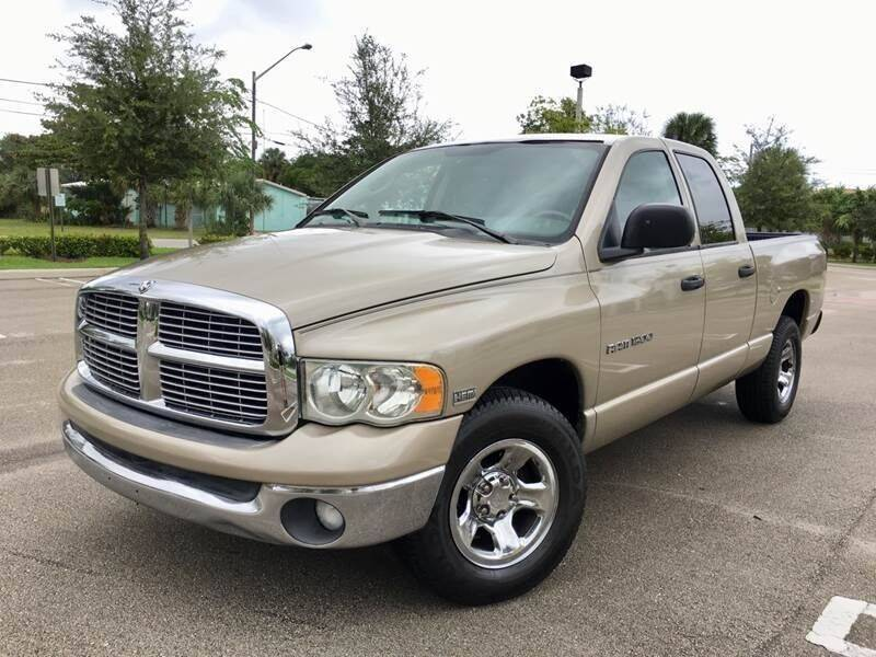 2005 Dodge Ram Pickup 1500 for sale at Global Auto Sales USA in Miami FL