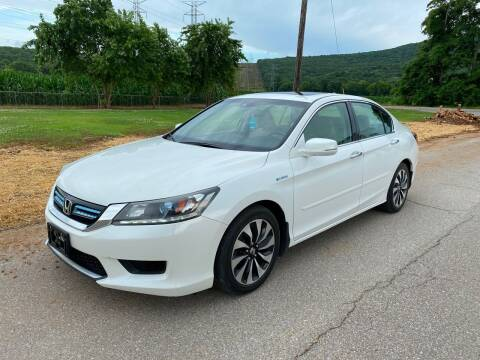 2015 Honda Accord Hybrid for sale at Tennessee Valley Wholesale Autos LLC in Huntsville AL