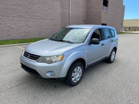 2007 Mitsubishi Outlander for sale at JE Autoworks LLC in Willoughby OH
