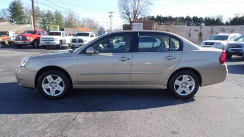 2006 Chevrolet Malibu for sale at G AND J MOTORS in Elkin NC