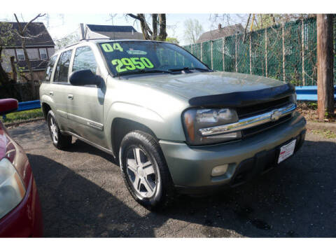 2004 Chevrolet TrailBlazer for sale at M & R Auto Sales INC. in North Plainfield NJ