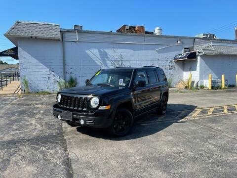 2015 Jeep Patriot for sale at Santa Motors Inc in Rochester NY