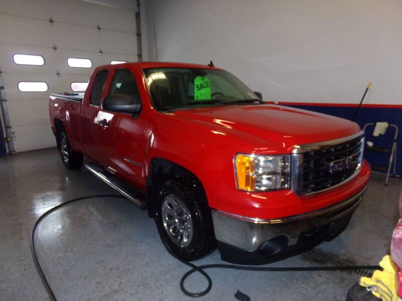 2009 GMC Sierra 1500 for sale at Pool Auto Sales Inc in Spencerport NY