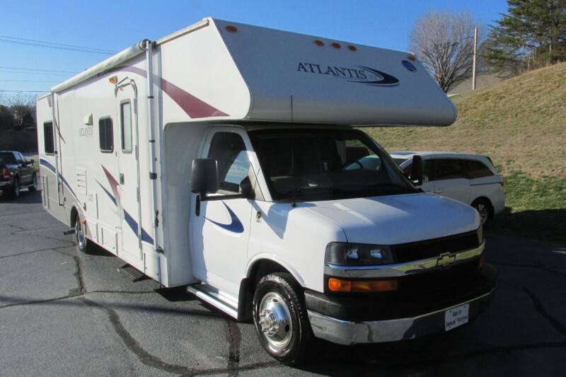 2008 Holiday Rambler ATLANTIS SE M-131 for sale at Tilleys Auto Sales in Wilkesboro NC