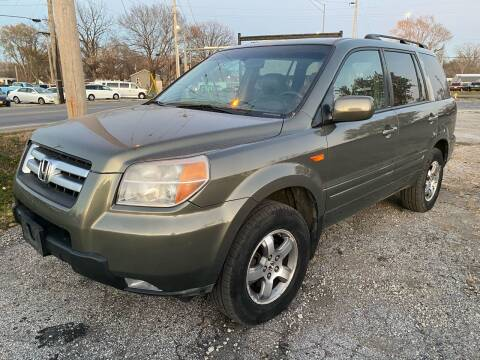2007 Honda Pilot for sale at Rocket Cars Auto Sales LLC in Des Moines IA