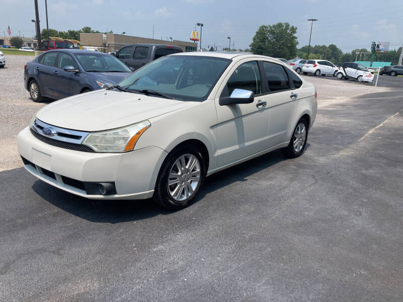 2010 Ford Focus for sale at McCully's Automotive - Under $10,000 in Benton KY
