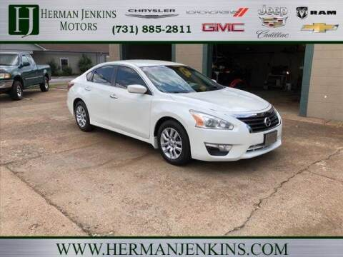 2013 Nissan Altima for sale at Herman Jenkins Used Cars in Union City TN