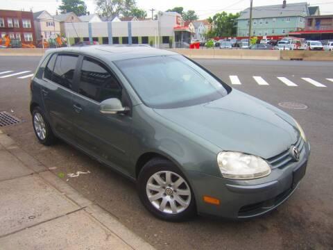 2008 Volkswagen Rabbit for sale at Cali Auto Sales Inc. in Elizabeth NJ