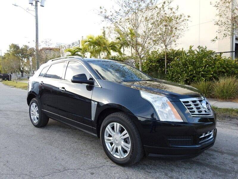 2014 Cadillac SRX for sale at SUPER DEAL MOTORS in Hollywood FL