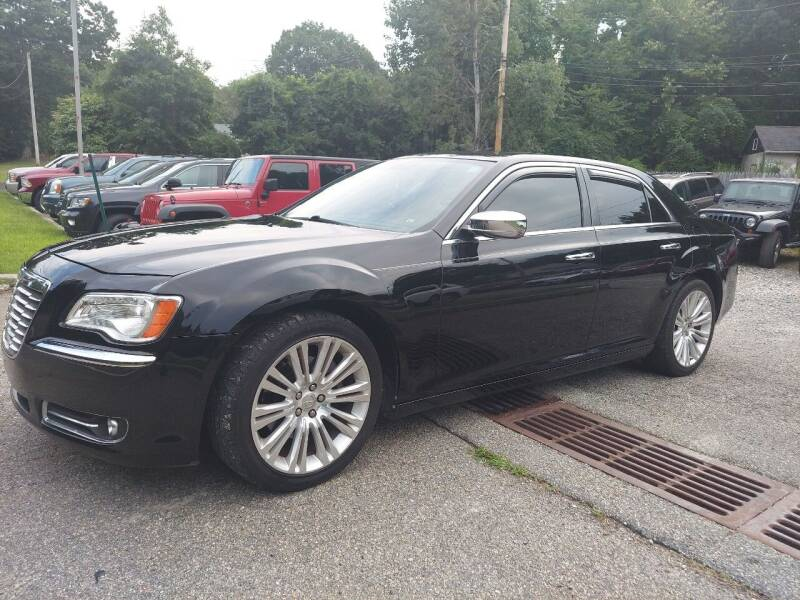 2013 Chrysler 300 for sale at AMA Auto Sales LLC in Ringwood NJ