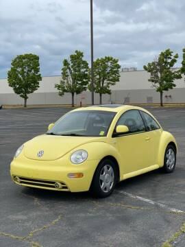2000 Volkswagen New Beetle for sale at H&W Auto Sales in Lakewood WA