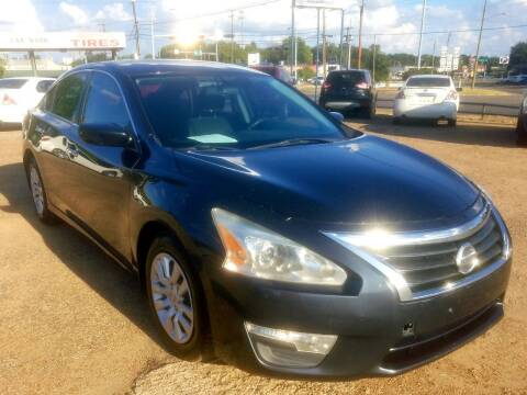 2015 Nissan Altima for sale at Dorsey Auto Sales in Tyler TX