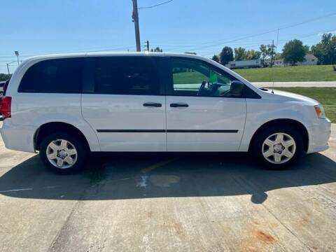 2014 Dodge Caravan for sale at Rick's Auto Clinic Inc. in Raytown MO