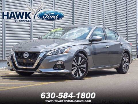 2019 Nissan Altima for sale at Hawk Ford of St. Charles in St Charles IL
