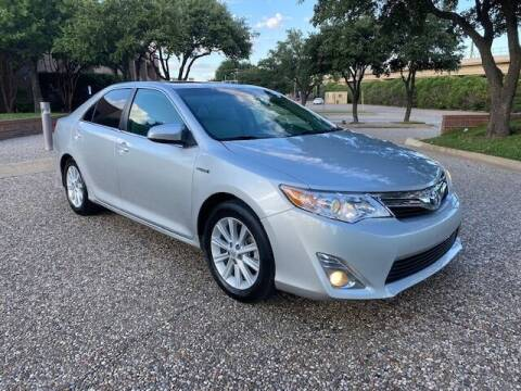 2013 Toyota Camry Hybrid for sale at KAM Motor Sales in Dallas TX