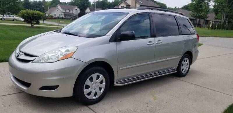 2006 Toyota Sienna for sale at Country Auto Sales in Boardman OH
