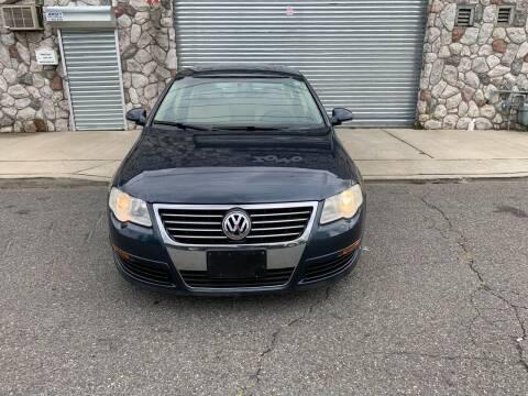 2008 Volkswagen Passat for sale at SUNSHINE AUTO SALES LLC in Paterson NJ