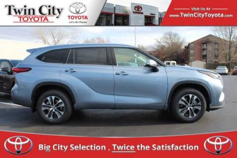 2021 Toyota Highlander for sale at Twin City Toyota in Herculaneum MO