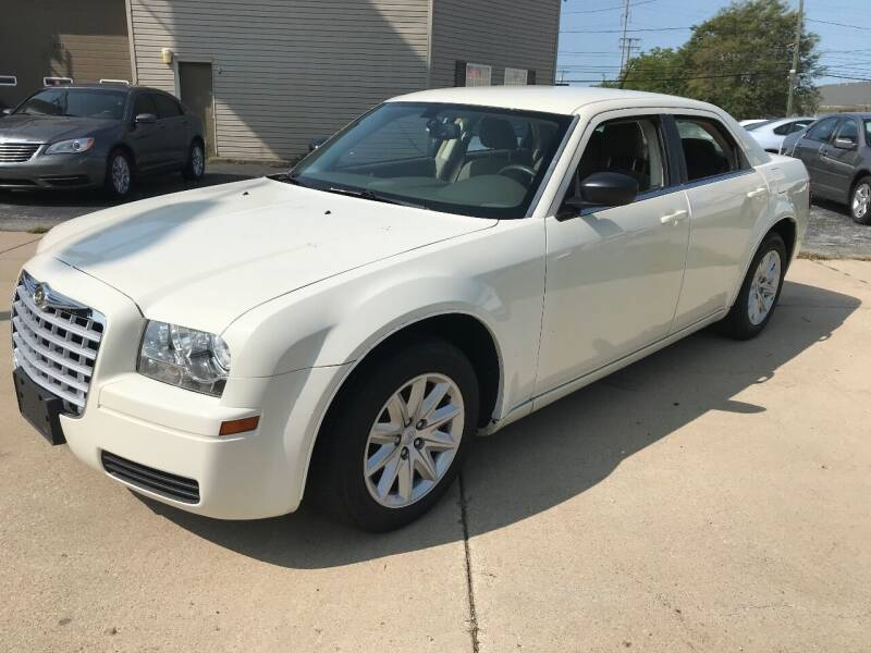 2008 Chrysler 300 for sale at Two Rivers Auto Sales Corp. in South Bend IN
