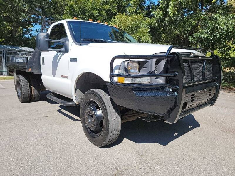 2004 Ford F-450 Super Duty for sale at Thornhill Motor Company in Lake Worth TX