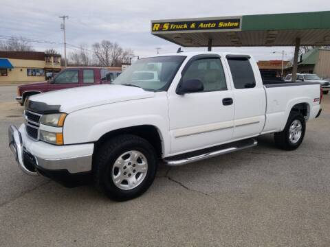 2006 Chevrolet Silverado 1500 for sale at R & S TRUCK & AUTO SALES in Vinita OK