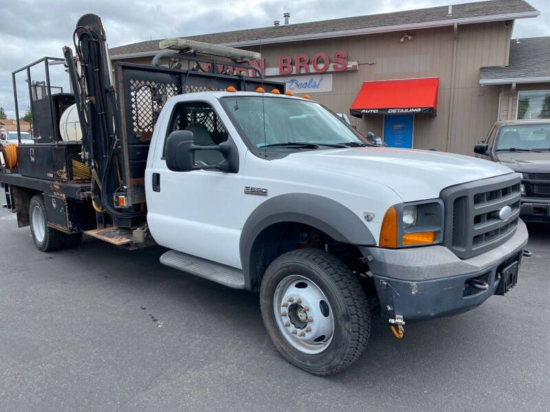 2005 Ford F-550 Super Duty for sale at Dorn Brothers Truck and Auto Sales in Salem OR
